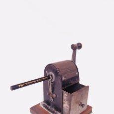 Escribanía: SACAPUNTAS WIZARA,DATADO EN 1906. Lote 162022534