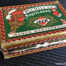 Escribanía: ANTIGUA CAJA DE PLUMILLAS NIQUELADAS JAER. CONTIENE 49 PLUMILLAS. Lote 165351290