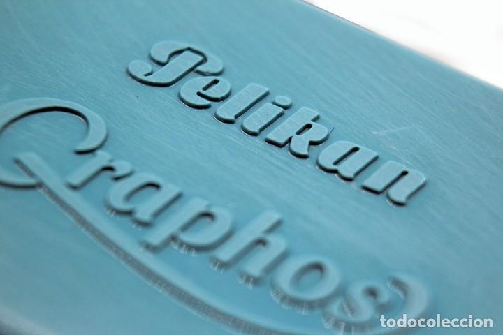 Escribanía: Pequeña caja de plástico Pelikan Graphos con 5 plumillas antiguas (0,3 0,5 y 0,8). Color celeste. - Foto 6 - 168585652