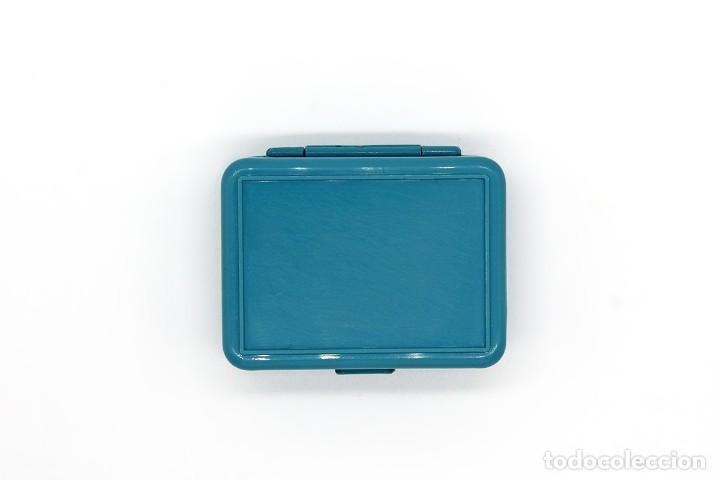 Escribanía: Pequeña caja de plástico Pelikan Graphos con 5 plumillas antiguas (0,3 0,5 y 0,8). Color celeste. - Foto 7 - 168585652
