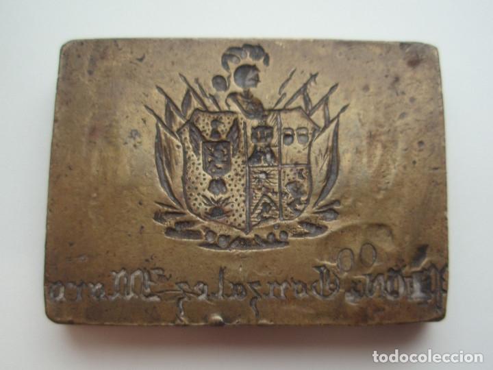 Escribanía: 2 SELLOS DE LACRE. SIGLO XIX. DESPACHO DE D. LUIS GONZÁLEZ-MORO Y MENCHIRÓN. YECLA, MURCIA. - Foto 4 - 172601649