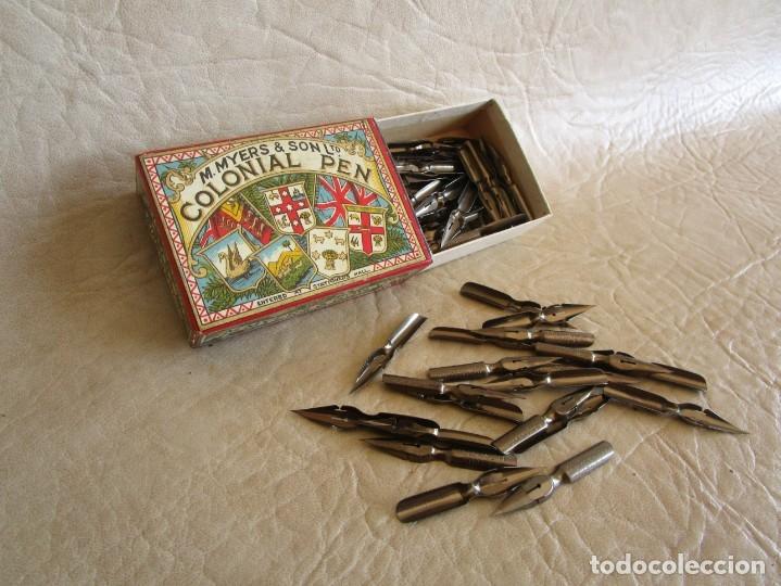 Escribanía: antigua caja con sus plumillas m. myers & son colonial pen plumilla extra fina - Foto 2 - 149569974