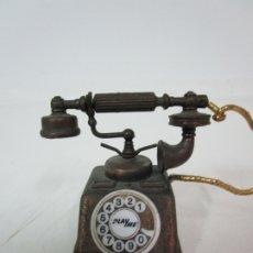 Escribanía: SACAPUNTAS - MARCA PLAYME - TELÉFONO EN METAL - AÑOS 70. Lote 180088663