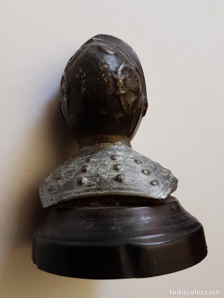 Escribanía: PISAPAPELES EN HIERRO Y EBANO REAL EBONY FIGURA GUERRERO MEDIEVAL - Foto 2 - 182969722