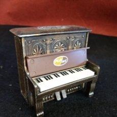 Escribanía: SACAPUNTAS PLAYME N° 969, PIANO. Lote 183174685