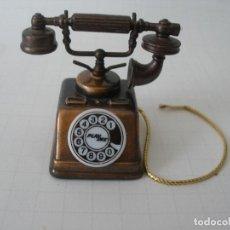 Escribanía: SACAPUNTAS METAL MINIATURA TELÉFONO PLAYME. Lote 184705960