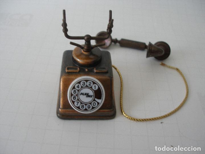 Escribanía: Sacapuntas metal miniatura teléfono Playme - Foto 2 - 184705960