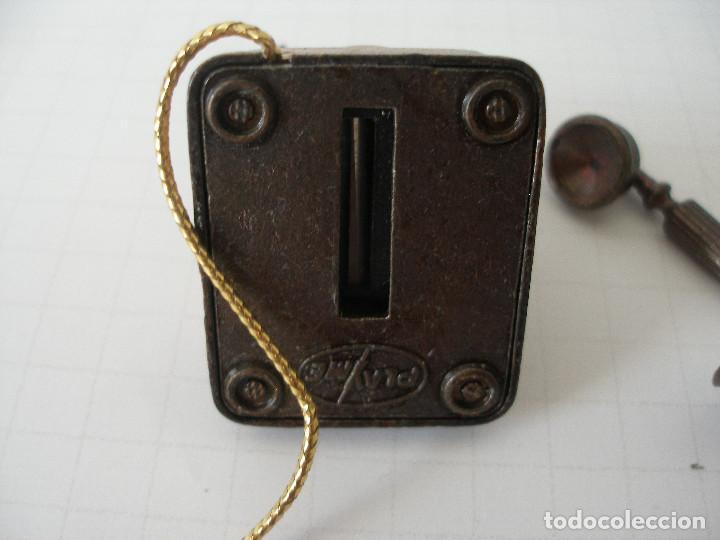 Escribanía: Sacapuntas metal miniatura teléfono Playme - Foto 4 - 184705960
