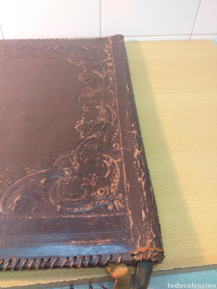 Escribanía: Antigua carpeta porta documentos cuero repujado - Foto 6 - 192175798