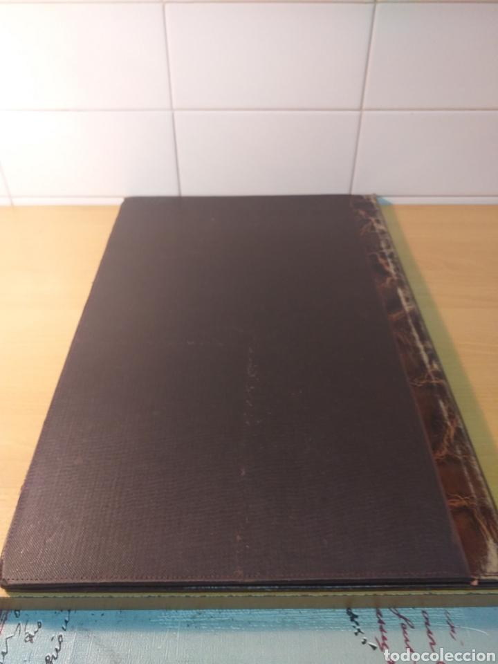 Escribanía: Antigua carpeta porta documentos çuero - Foto 3 - 192176583