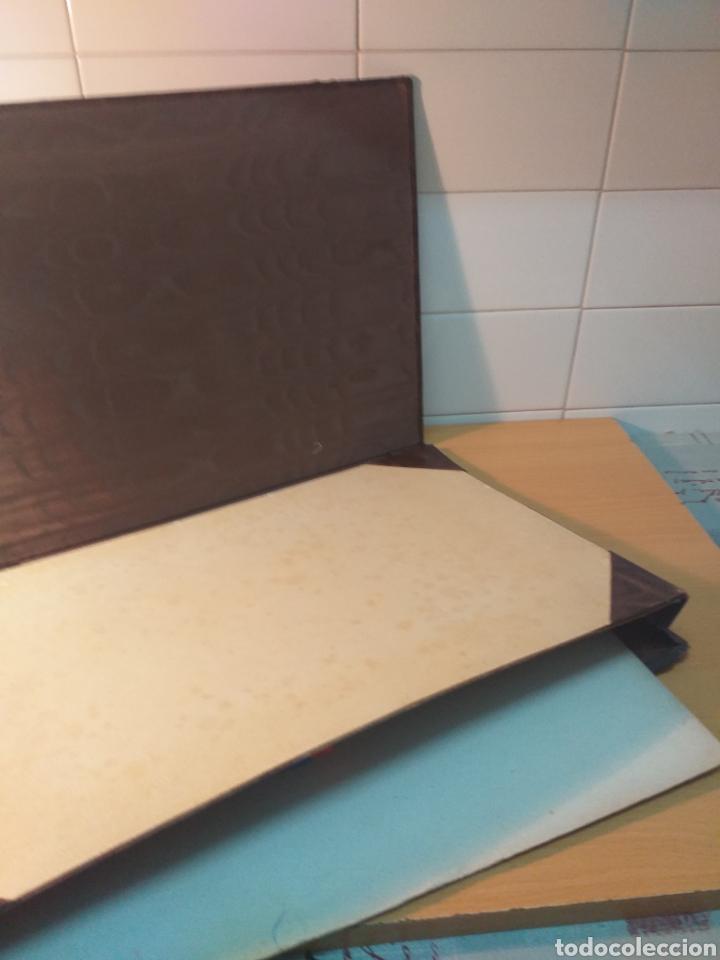 Escribanía: Antigua carpeta porta documentos çuero - Foto 4 - 192176583