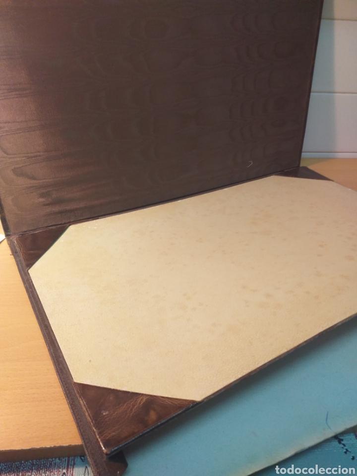 Escribanía: Antigua carpeta porta documentos çuero - Foto 5 - 192176583