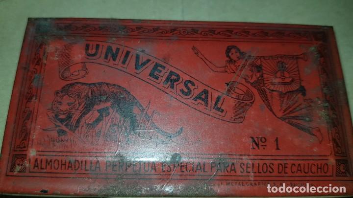 Escribanía: Lote. Antiguo tintero, almohadilla y caja con plumillas. - Foto 4 - 194995102