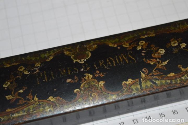 Escribanía: Antiguo plumier CRAYONS / Plumes 8 Crayons ¡Mira fotos y detalles! - Foto 2 - 201796023