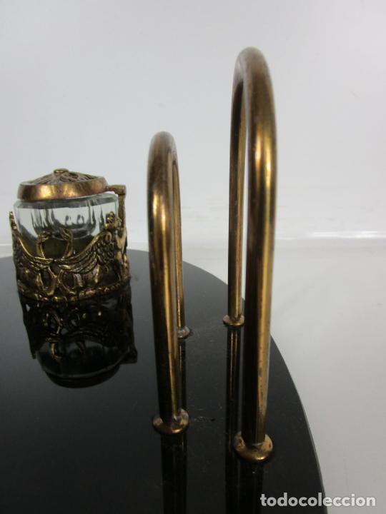 Escribanía: Escribanía - Art Decó - Tapones Cristal - Decoraciones en Bronce - Base Cristal Opalina - Años 20 - Foto 11 - 203050223