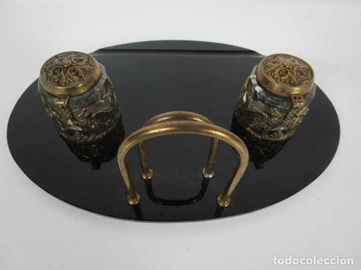 Escribanía: Escribanía - Art Decó - Tapones Cristal - Decoraciones en Bronce - Base Cristal Opalina - Años 20 - Foto 13 - 203050223