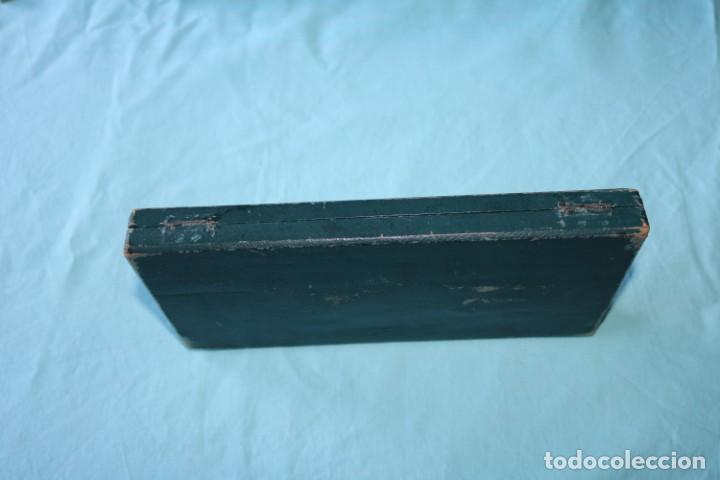 Escribanía: Estuche de escribanía art Nouveau plateada. Art Nouveau box of silver plated pen set. - Foto 3 - 53138397