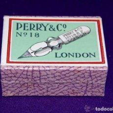 Escribanía: ANTIGUA CAJA DE PLUMILLAS PERRY & CO. PRECINTADA. ORIGINAL. 100 PLUMAS. Nº18. LONDON. AÑOS 30-40. C. Lote 205324335