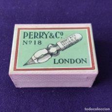Escribanía: ANTIGUA CAJA DE PLUMILLAS PERRY & CO. PRECINTADA. ORIGINAL. 100 PLUMAS. Nº18. LONDON. AÑOS 30-40.. Lote 205384831