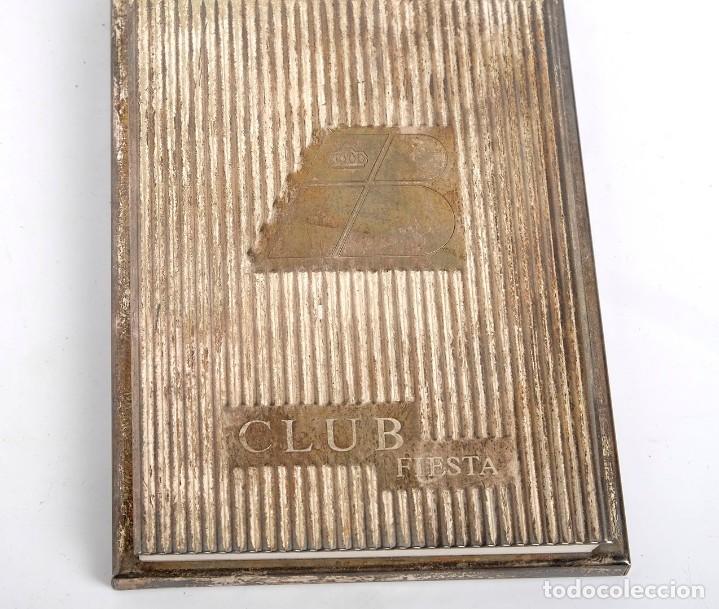 Escribanía: Libreta para notas de Iberia Club Fiesta. metal plateado, posiblemente alpaca, Años 60 - Foto 3 - 205750716