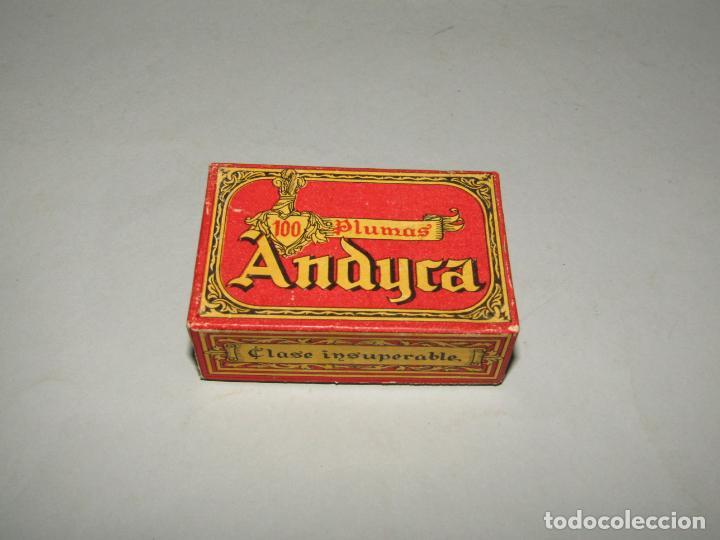 Escribanía: Antigua Caja a Estrenar 100 Plumillas Plumas Clase Insuperable Nº 630 de ANDYCA - sin Desprecintar - Foto 2 - 224243411