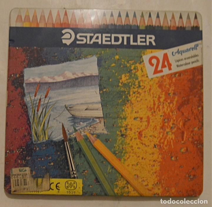 STAEDTLER - CAJA DE 24 PINTURAS MADERA - NO COMPLETA (Plumas Estilográficas, Bolígrafos y Plumillas - Plumillas y Otros Elementos de Escribanía)