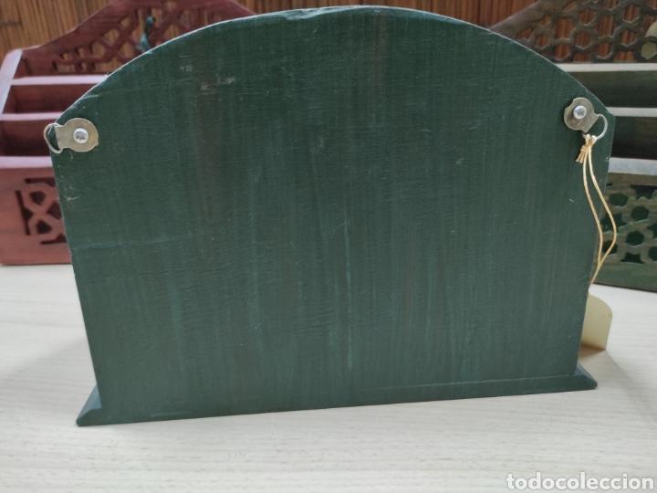 Escribanía: Archivador o porta cartas y papeles para utilizar en despacho o recibidor de casa. - Foto 3 - 243560650