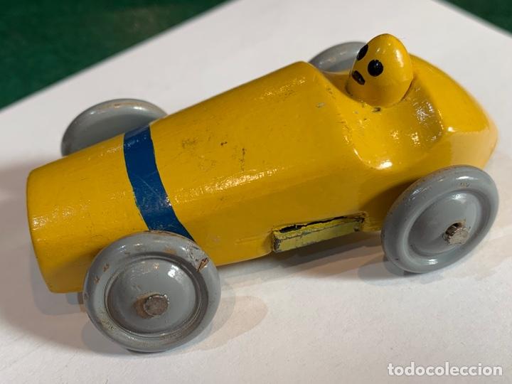 Escribanía: Sacapuntas muy antiguo en forma de coche mide 7x4 cm madera - Foto 5 - 270161318