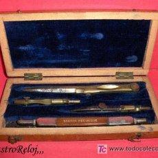 Estilográficas antiguas, bolígrafos y plumas: ,,,ANTIGUO ESTUCHE DE DIBUJO,,, MADERA,,,ÚTILES DE LATÓN Y ACERO,,,. Lote 26701501
