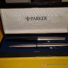 Estilográficas antiguas, bolígrafos y plumas: UN ESTUCHE PARKER+1 PLUMA PARKER MADE IN USA MOD.45+1 BOLIGRAFO PARKER MADE IN SPAIN. Lote 26125463