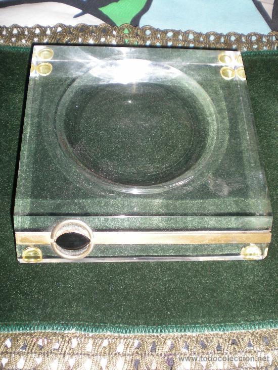 Estilográficas antiguas, bolígrafos y plumas: juego de mechero cenicero y pisapapeles de escritorio metraquilato con metal dorado - Foto 3 - 34641291