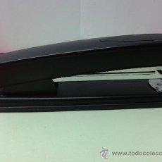 Estilográficas antiguas, bolígrafos y plumas: GRAPADORA PARA OFICINA O CASA . Lote 36303067