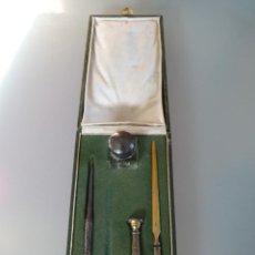 Estilográficas antiguas, bolígrafos y plumas: JUEGO DE ESCRIBANIA ANTIGUO DE PLATA CON ESTUCHE ORIGINAL. Lote 40307649
