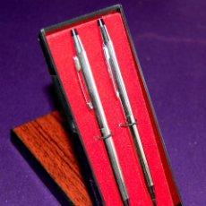 Estilográficas antiguas, bolígrafos y plumas: ANTIGUO BOLIGRAFO Y PORTAMINAS CIROS. EN SU ESTUCHE ORIGINAL. SIN USAR. (PLATEADO S). Lote 50781538
