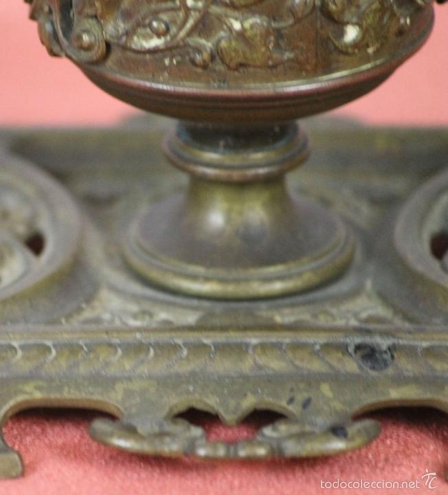 Estilográficas antiguas, bolígrafos y plumas: CONJUNTO DE ESCRIBANIA DE 3 PIEZAS EN METAL PLATEADO. SIGLO XIX. - Foto 15 - 58375689