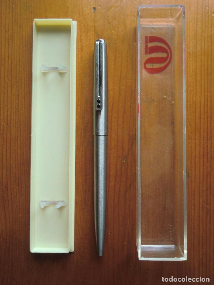 Estilográficas antiguas, bolígrafos y plumas: Estuche con bolígrafo INOXCROM 77 acero. Spain. Años 70-80. - Foto 2 - 29560704
