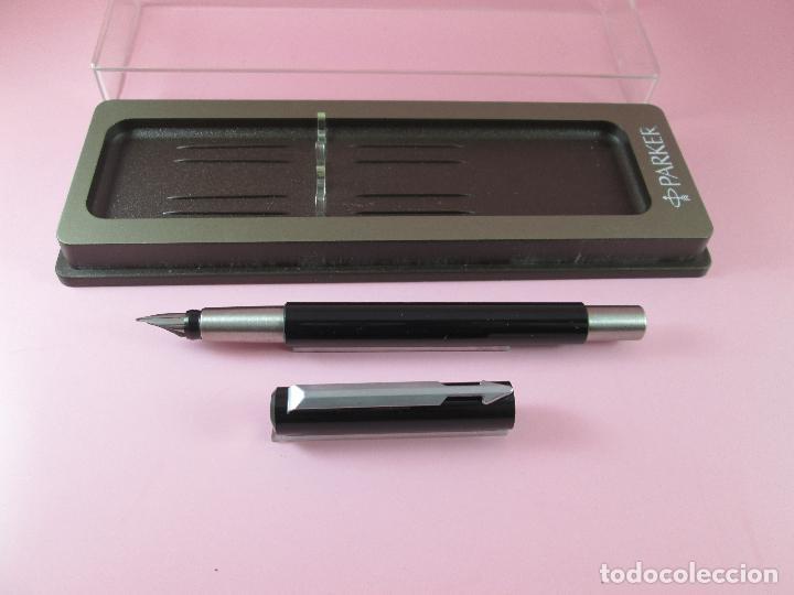 Estilográficas antiguas, bolígrafos y plumas: *(5961)-juego-pluma+roller-parker vector.uk-negro+acero-nos-caja-ver fotos. - Foto 4 - 85866472