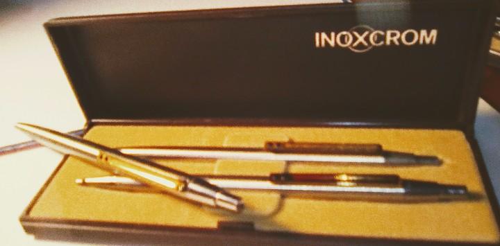 Estilográficas antiguas, bolígrafos y plumas: Lote Boligrafo y portaminas Inoxcrom 2001, en caja. Mas otro boligrafo inoxcrom 2001 - Foto 2 - 105701467