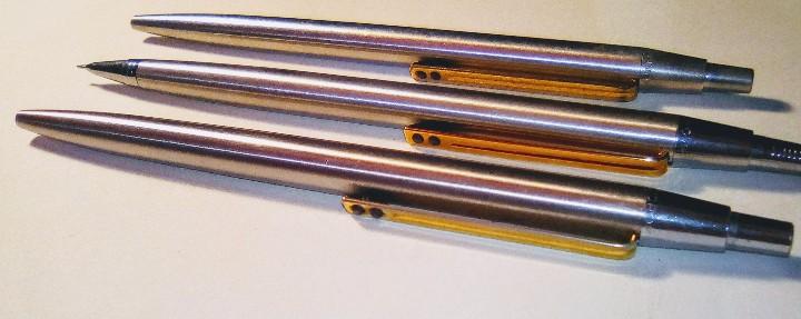 Estilográficas antiguas, bolígrafos y plumas: Lote Boligrafo y portaminas Inoxcrom 2001, en caja. Mas otro boligrafo inoxcrom 2001 - Foto 4 - 105701467