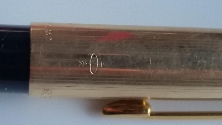 Estilográficas antiguas, bolígrafos y plumas: Bolígrafo y pluma estilográfica oro PARKER 61 Classic Fountain, años 60 y caja original terciopelo. - Foto 7 - 27640141
