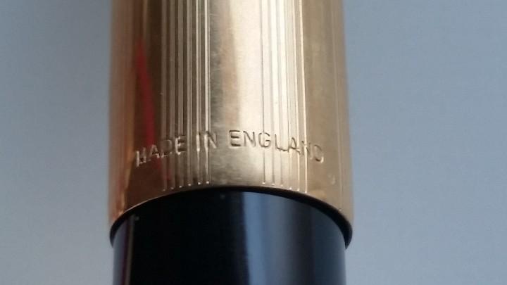 Estilográficas antiguas, bolígrafos y plumas: Bolígrafo y pluma estilográfica oro PARKER 61 Classic Fountain, años 60 y caja original terciopelo. - Foto 9 - 27640141