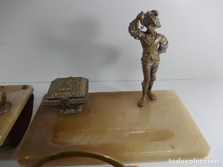 Estilográficas antiguas, bolígrafos y plumas: Antiguo juego de escribania compuesto por tintero, secante y portacartas - Foto 6 - 145059790