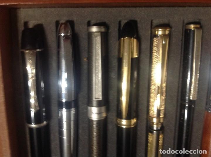 Estilográficas antiguas, bolígrafos y plumas: Colección De 50 Plumas Estilográficas Con Vitrina Expositor - Foto 12 - 172067113