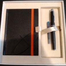 Estilográficas antiguas, bolígrafos y plumas: PLUMA Y LIBRETA PARKER 125 ANIVERSARIO. Lote 174495327