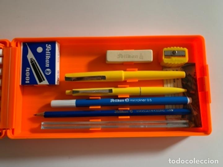 Estilográficas antiguas, bolígrafos y plumas: ESTUCHE PLUMIER PELIKAN AÑOS 80 EGB NUEVO 2 PISOS - Foto 3 - 176440065