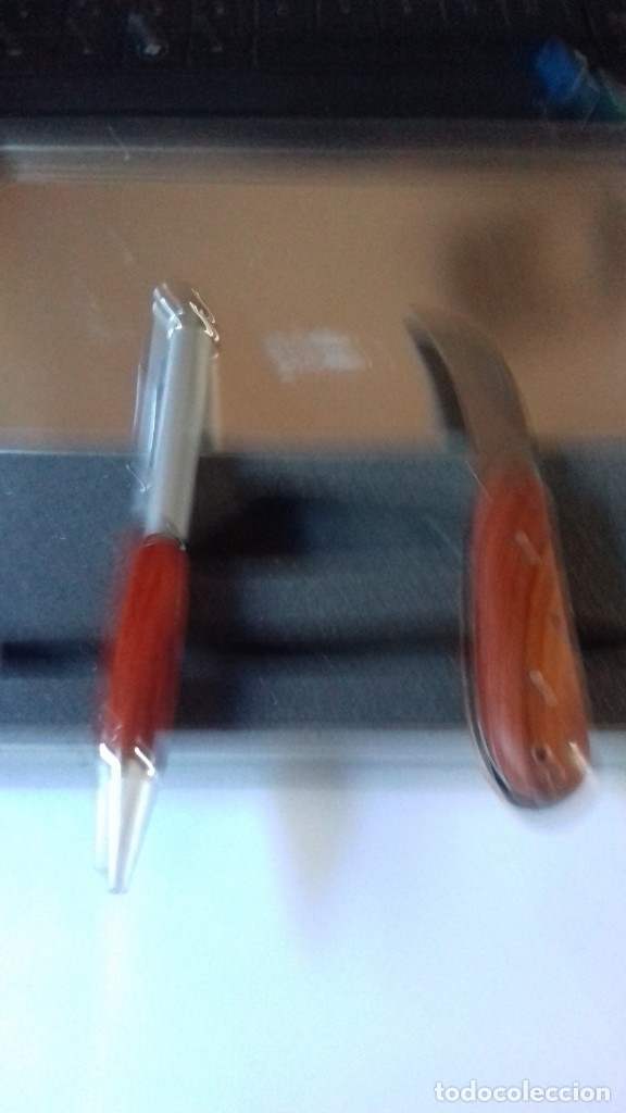 Estilográficas antiguas, bolígrafos y plumas: Conjunto de boligrafo y navaja con madera natural nunca usado - Foto 7 - 177034178