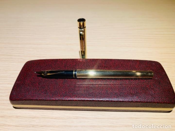 Estilográficas antiguas, bolígrafos y plumas: Set SHEAFFER TARGA 1005s 23k Gold Plated. Fountain Pen & BallPoint. Deluxe box. Early '80s. - Foto 16 - 182051680