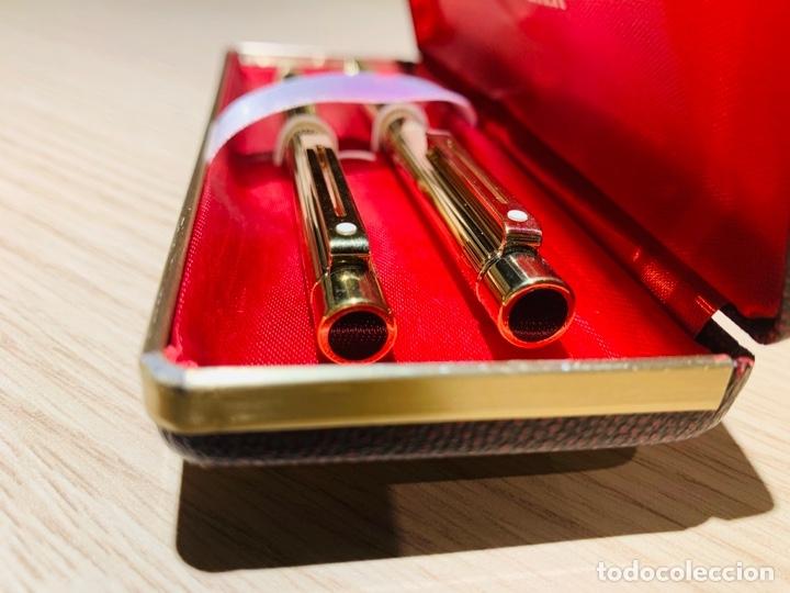 Estilográficas antiguas, bolígrafos y plumas: Set SHEAFFER TARGA 1005s 23k Gold Plated. Fountain Pen & BallPoint. Deluxe box. Early '80s. - Foto 26 - 182051680