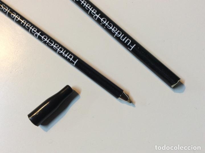 Estilográficas antiguas, bolígrafos y plumas: Envío 8€. Bolígrafo y lapicero Fundacio Palau de les Arts - Foto 2 - 184903045