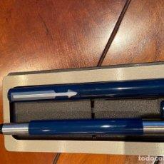 Estilográficas antiguas, bolígrafos y plumas: CONJUNTO DE PLUMA Y BOLIGRAFO PARKER VECTOR AZUL. Lote 258992620